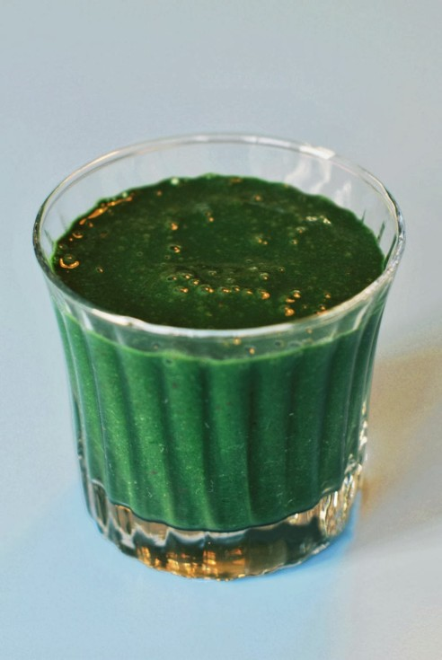 smoothie-with-spinach-and-spirulina-large-235_1024_1529_80