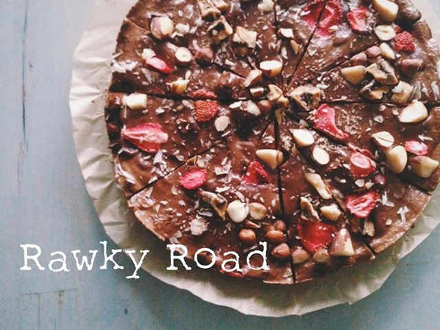 Rawky Road Cheesecake w. Strawberries, Brazil Nuts + Cocoa Butter