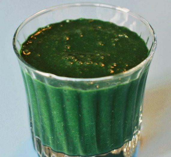 Greens, Chia + Cocoa Nib Smoothie